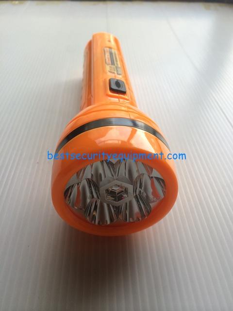 ไฟฉายชาร์จได้ YD-600(2)